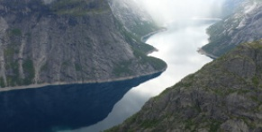 Travel to Norway on a long-distance bus