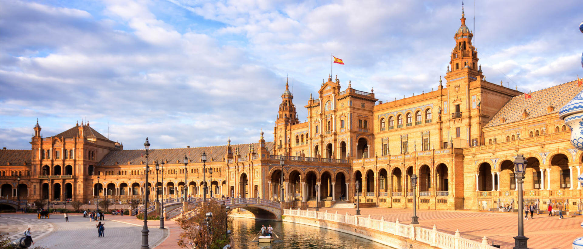 Bus to Sevilla from $6.99 | FlixBus → The New Way to Travel