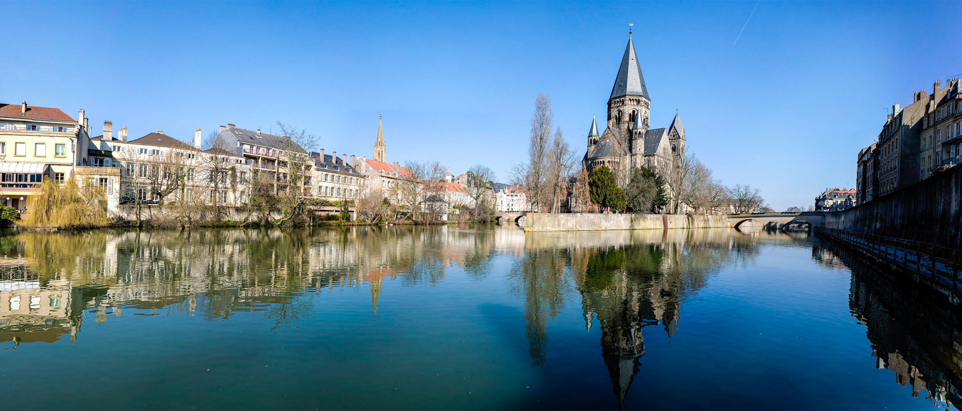 Coaches for metz from flixbus for Piscine metz